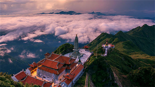 Hoang Lien Son ranked seventh in the Top 28 most attractive destinations in the world in 2019